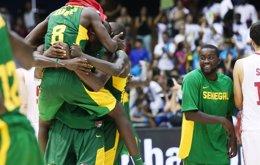 Foto: Senegal da la sorpresa ante Croacia (FIBA.COM)