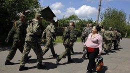 Foto: Poroshenko pedirá a EEUU que declare terroristas a los separatistas prorrusos (REUTERS)