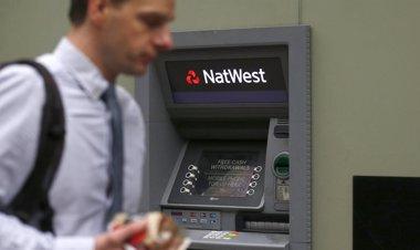 Foto: Siete cosas que debes saber sobre tu tarjeta bancaria (SUZANNE PLUNKETT / REUTERS)