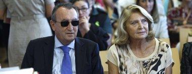 Foto: L'Audiència de Castelló dóna tres dies a les parts per a que informen sobre la petició de suspensió de condemna de Fabra (POOL)