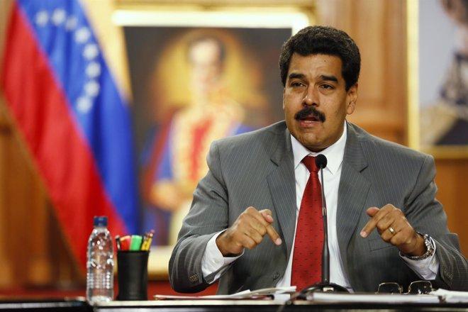 """Foto: Maduro anuncia su nuevo Gobierno y llama a impulsar """"cinco grandes revoluciones"""" para superar la crisis (REUTERS)"""