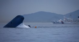 Foto: Varios miembros de la tripulación del 'Sewol' reconocen que bebieron cerveza mientras esperaban el rescate (REUTERS)