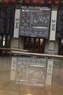 Foto: Economía/Bolsa.- (Ampl) El Ibex mantiene las ganancias y suma un 3,9% en la semana, instalado ya en los 11.100 puntos