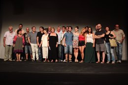 Foto: Albena, Xavi Castillo i Alberto San Juan, en el 20 aniversari de Teatre Micalet (CTM)