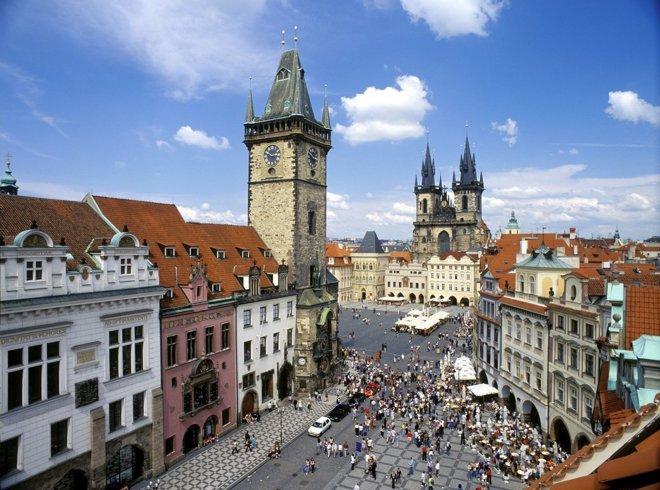 Foto: El número de turistas en todo el mundo creció un 4,6% en el primer semestre, según la OMT (CEDIDA)