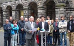 Foto: Ortuzar da lectura en Edimburgo a un manifiesto en el que PNV, CDC y N-Va felicitan al pueblo escocés (PNV)