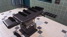 Foto: Texas ejecuta a una mujer condenada por dejar morir de hambre a un niño de 9 años en 2004 (REUTERS)