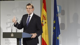 """Rajoy anuncia mesures de """"poda burocràtica"""" en l'administració per impulsar el creixement econòmic"""