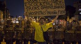 Foto: Brasil.- Brasil todavía tiene 13 millones de analfabetos, un 8,3% de la población (STRINGER BRAZIL / REUTERS)