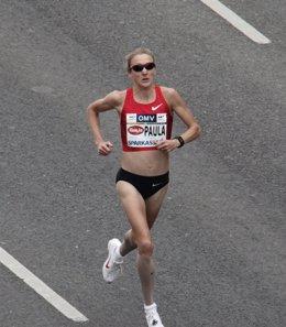 Foto: Paula Radcliffe regresa a la competición con un tercer puesto en Worcester (HEINZ-PETER BADER / REUTERS)