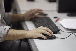 Foto: Cuatrocientos hackers se darán cita en Albacete el 2 de octubre (EUROPA PRESS)