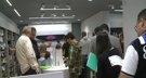 Fans del iPhone 6 hacen cola en las Apple Store