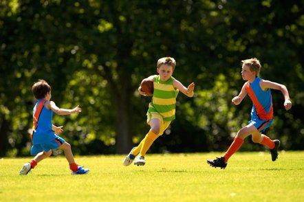 Foto: El ejercicio después del colegio mejora la cognición en niños (GETTY)