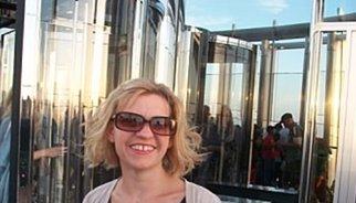 La bloguera Charlotte Kitley publica emotiva carta de despedida tras morir