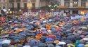 Miles de manifestantes piden votar el 9N
