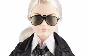 Foto: Barbie Lagerfeld: agotada en 5 horas y en reventa por más de 2.000$ (NET-A-PORTER)