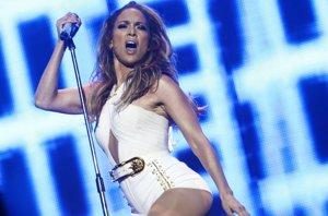Foto: ¿Quieres bailar de lo más sexy como las celebs y adelgazar? (GETTY)