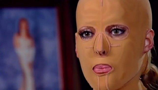 Las máscaras de los huesos del aguacate para la persona