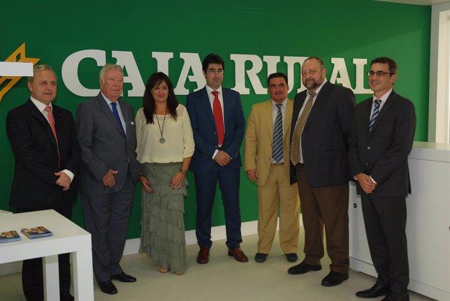Caja rural inaugura una nueva oficina en la avenida for Caja rural del sur oficinas