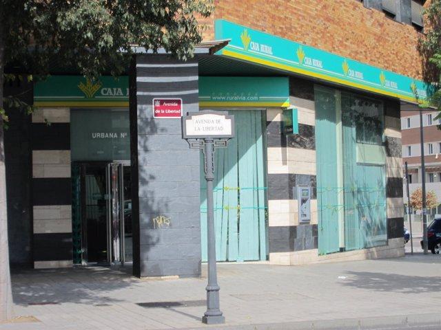 El banco de espa a hace oficial la desaparici n de caja for Oficinas de caja rural en madrid