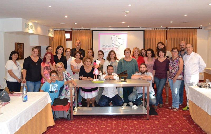 Una treintena de alumnos participa en palma en un curso de - Cursos cocina asturias ...