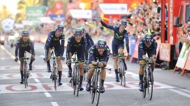 Foto: El Movistar revalida su título de mejor equipo de 2014 (ROGELIO PINATE)