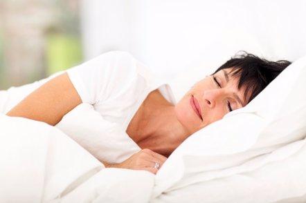 Foto: Mejorar el sueño en la menopausia (GETTY)