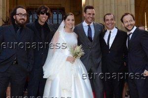 Foto: La Oreja de Van Gogh, como una familia en la boda de Leire Martinez (OSCAR ORTIZ )