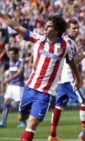Foto: El balón parado reconcilia al Atlético con la victoria (JUAN MEDINA / REUTERS)