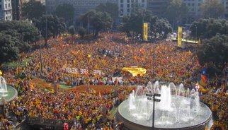 """AMPL.- Consulta.- L'ANC i Òmnium avalen el nou 9N però exigeixen plebiscitàries en """"tres mesos"""""""