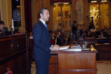 """Foto: Bauzá anuncia una """"amplia"""" Reforma Fiscal para 2015 con la que """"reducirá todos los impuestos directos"""" (PARLAMENT BALEAR)"""
