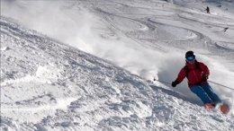 Foto: El 52% de incidencias en viajes a la nieve son accidentes en pistay problemas de salud, según InterMundial (ESTACIÓN DE TAVASCAN)