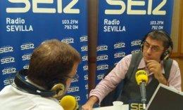 """Foto: Monedero asegura que Podemos aspira a gobernar en Andalucía en solitario y que IU está siendo """"un lastre"""" para Ganemos (EUROPA PRESS/CADENA SER)"""
