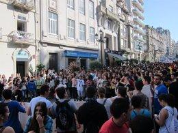 Foto: Centos de estudantes maniféstanse en Galicia en contra da Lomce (EUROPA PRESS)