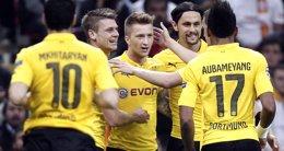 Foto: (Crónica) El Dortmund se gusta en Europa y el Arsenal salva el desastre (REUTERS)