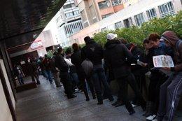 Foto: El paro desciende en 26.100 personas en el tercer trimestre (EUROPA PRESS)