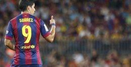 Foto: Luis Suárez cumple su castigo y espera redimirse en el 'clásico' (GUSTAU NACARINO / REUTERS)