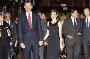 Foto: Los Reyes Felipe y Letizia, en el comienzo de los últimos premios 'Príncipe de Asturias' (AURELIO FLOREZ)