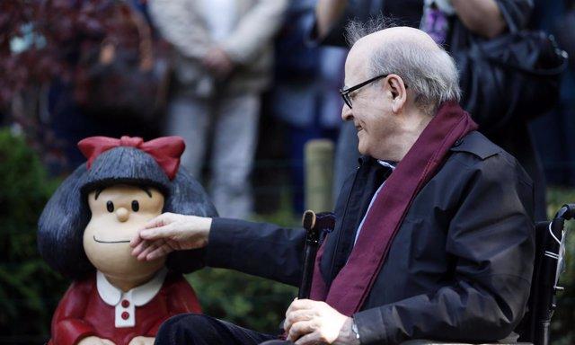 Foto: Mafalda ya es natural de Oviedo (AURELIO FLOREZ)