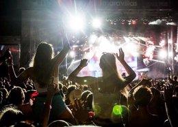 Foto: Els concerts de música popular perden més de la meitat dels espectadors en la Comunitat durant la crisi (TWITTER)
