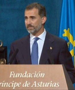 Foto: Felipe VI avisa de que ciudadanos e instituciones están sometidos por igual al mandato de la ley (RTVE)
