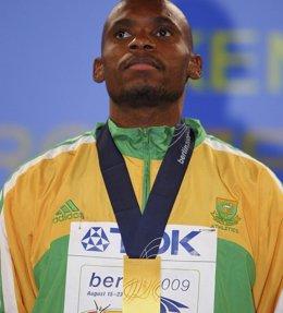 Foto: Fallece el excampeón mundial de 800 metros Mbulaeni Mulaudzi (POOL NEW / REUTERS)