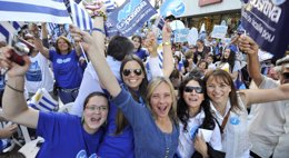 Foto: Uruguay camina hacia un Parlamento fragmentado que condicionará el futuro Gobierno de Vázquez o Lacalle Pou (REUTERS)
