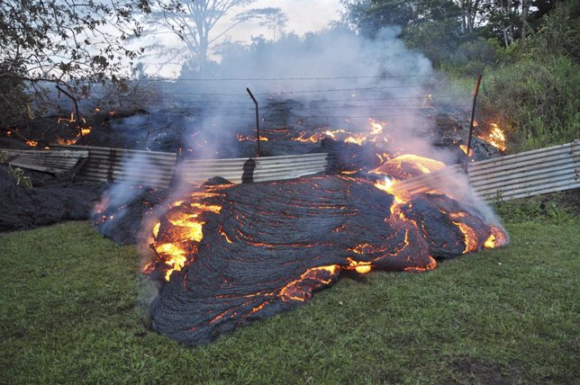 El avance de la lava del volván Kilauea