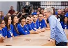 "Foto: Tim Cook (Apple) sale del armario: ""Estoy orgulloso de ser gay"""