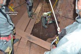 Foto: Localizado en el interior de un pozo el cadáver del desaparecido en Rodalquilar (EUROPA PRESS/GUARDIA CIVIL)