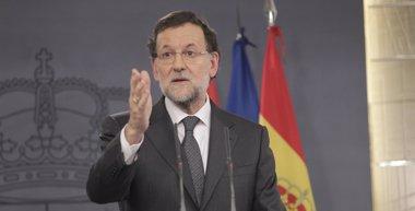 """Foto: Rajoy asegura que Aguirre se ha """"equivocado"""" como él, pero dice que cuenta con su apoyo (EUROPA PRESS)"""
