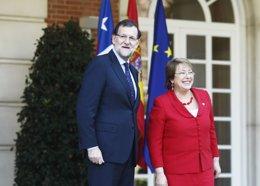Foto: El Gobierno decide hoy si impugna la consulta alternativa (EUROPA PRESS)