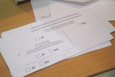 Foto: El 64,2% dels catalans votaria 'sí' a un Estat i el 76,9% d'ells 'sí' que sigui independent (EUROPA PRESS)