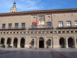 Foto: El cambio de nombre de Pabellón 'Príncipe Felipe' por 'José Luis Abós' se decide en un mes (EUROPA PRESS)